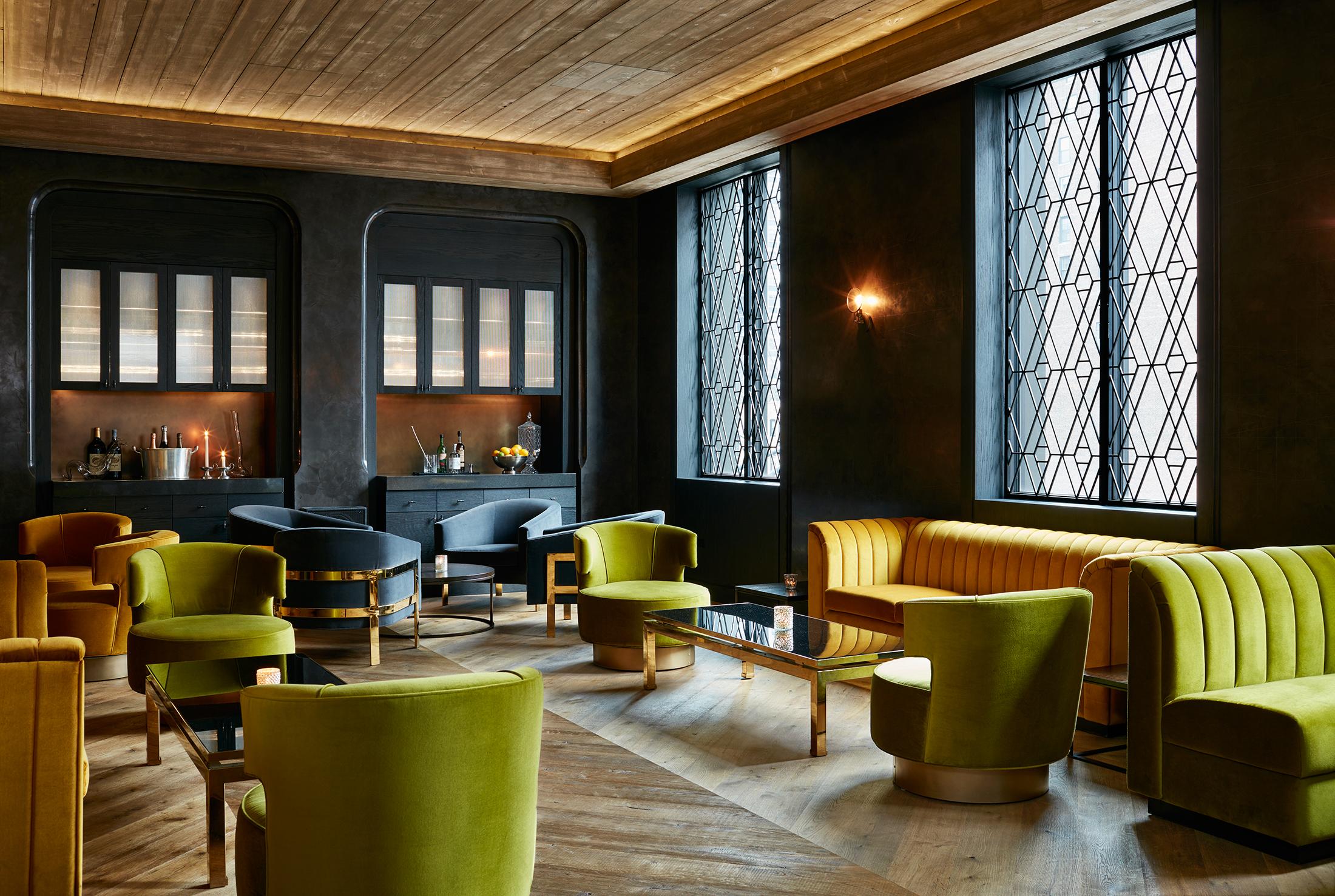 Reclaimed Bar And Restaurant Chicago